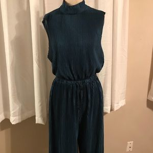 Long pleated pantsuit from urban outfitters